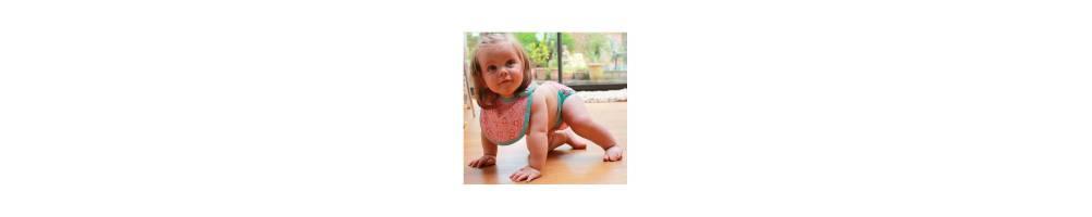Compra online baberos para bebés, baberos con mangas. Tienda online.
